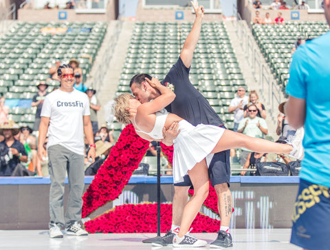 CrossFit Couple EMBED 4