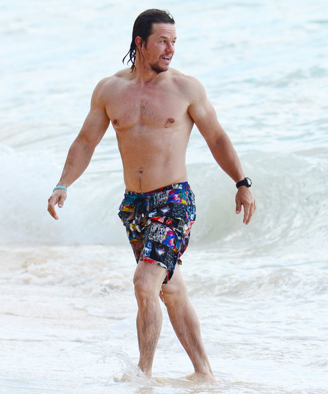 Mark and Rhea Wahlberg - Beach - 1