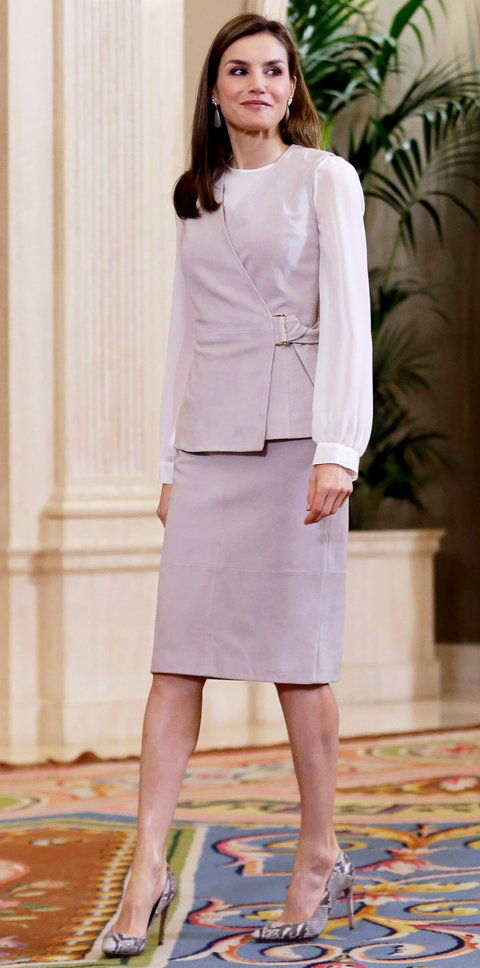 Queen Letizia Fashion