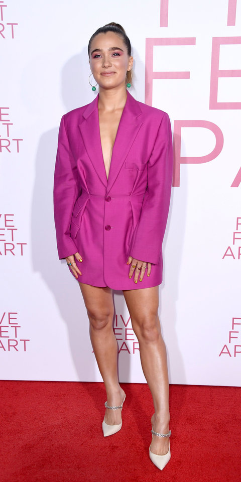 Haley Lu Richardson stepped out in a Jacquemus mini blazer dress ($830; modaoperandi.com ) during the premiere of Five Feet Apart .
