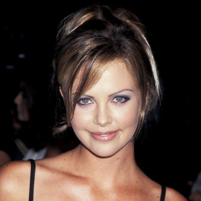 Short pixie haircut for black women - Charlize Theron S Changing Looks Instyle Com