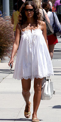 Halle Berry S Maternity Style Instyle Com