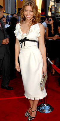 Jessica Biel in Giambattista Valli, carrying Fendi