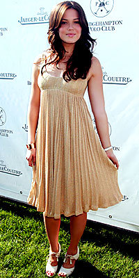 Mandy Moore in Iisli