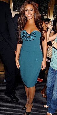 Beyonce Knowles in Emporio Armani