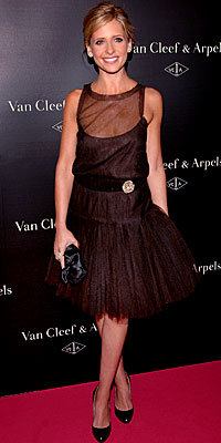 Sarah Michelle Gellar in Chanel