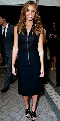 Jessica Alba, Women in Hollywood, the look, trend, Lanvin, zipper, celebrity trends, dress