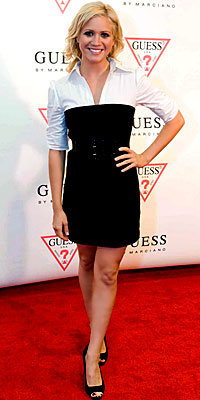 Brittany Snow, Guess, trends, strapless, dress