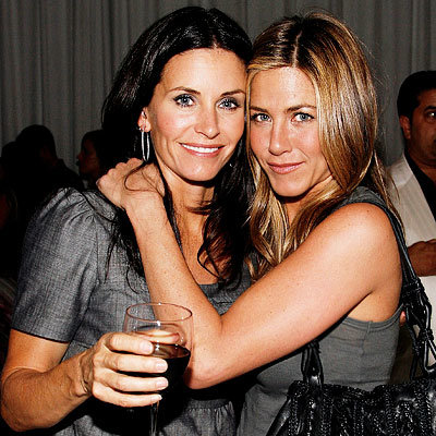 NY Fashion Week Spring 2009, Day 4, Jennifer Aniston and Courteney Cox