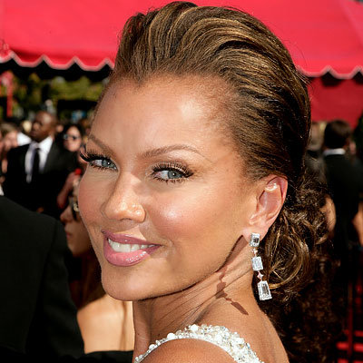 Vanessa Williams, Chandelier earrings, Emmys, trends