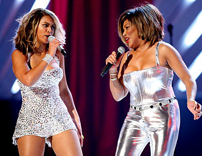 beyonce; tina turner; grammy performance