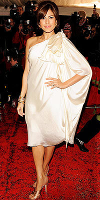 Eva Mendes in Temperley London