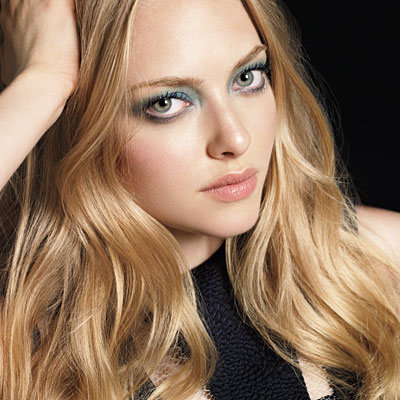 Amanda Seyfried - Smoky Eyes - Teal
