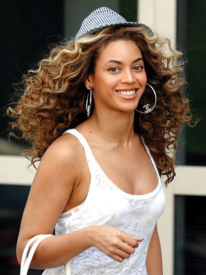 Frizz-Free Curls, Hot Weather Hair Tips, Beyonce