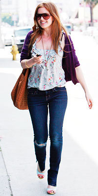 Isla Fisher in J Brand and Kimchi Blue