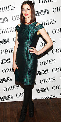 Anne Hathaway in Proenza Schouler carrying PS1