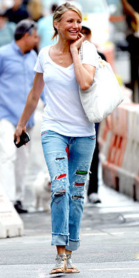 Cameron Diaz carrying a Balenciaga bag