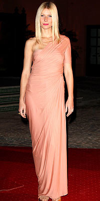 Gwyneth Paltrow in Donna Karan