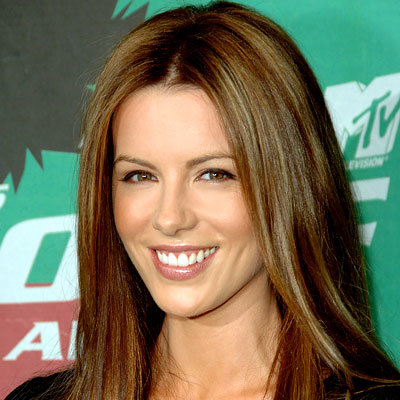 kate beckinsale hair styles kate beckinsale s changing looks instyle 8801