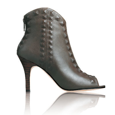 Cynthia Vincent - Our Favorite Fall Boots - Fall Accessories