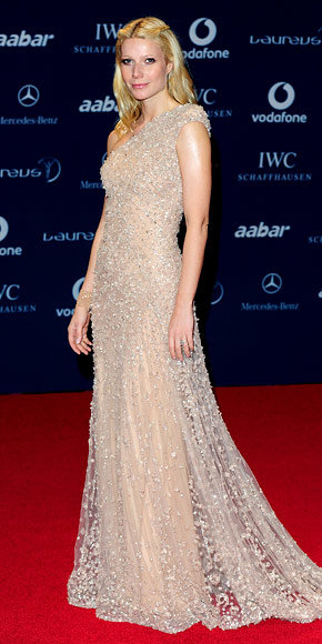 Gwyneth Paltrow in Elie Saab Haute Couture