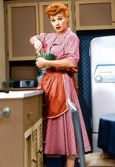 Lucille Ball - The Most Fashionable TV Housewives - I Love Lucy