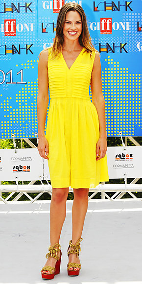 Hilary Swank in Tory Burch