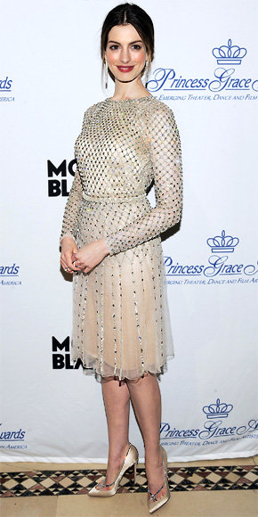 Anne Hathaway in Christian Louboutin