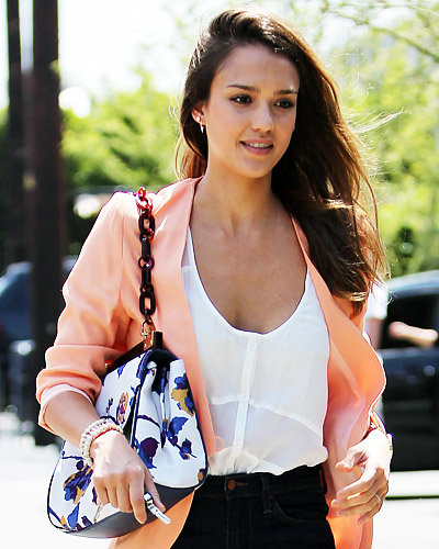 Star Q&A - What's Your Handbag Philosophy? - Jessica Alba
