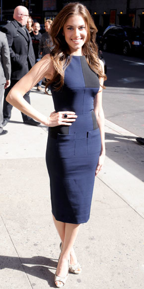 Allison Williams in Victoria Beckham