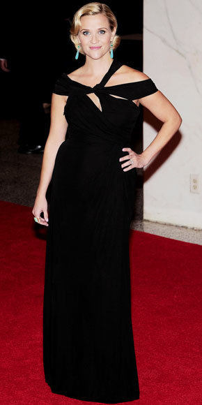 Reese Witherspoon in Monique Lhuillier