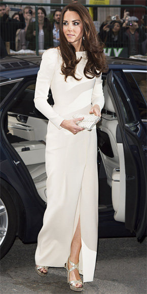Catherine Middleton in Roland Mouret