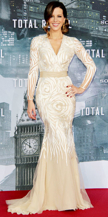 Kate Beckinsale in Naeem Khan