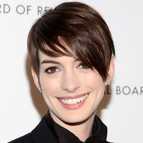 Anne Hathaway - A Tousled Pixie