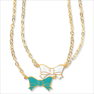 30% Off Bow Necklace