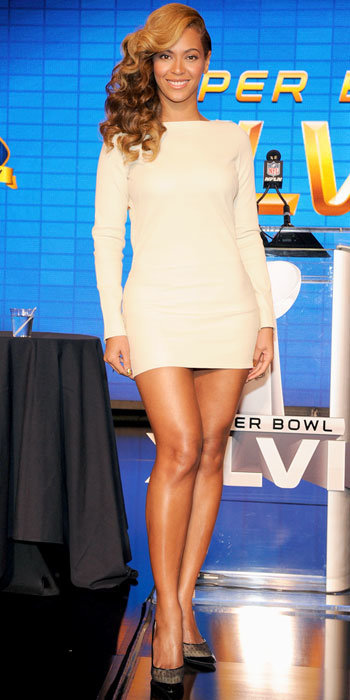 Beyonce in Jimmy Choo