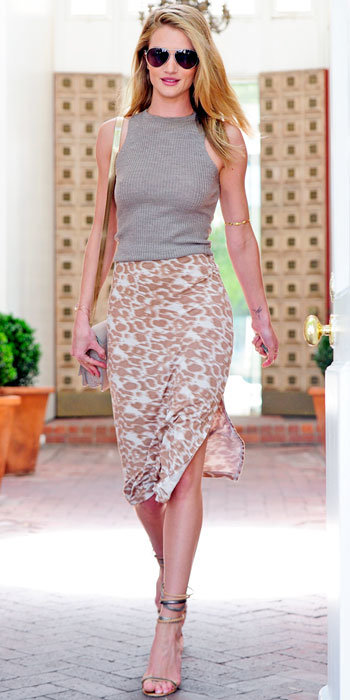Rosie Huntington-Whiteley in Kain Label