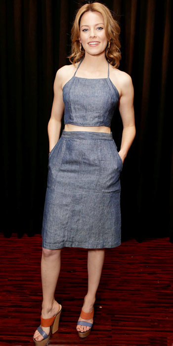 Elizabeth Banks in Jean-Michel Cazabat