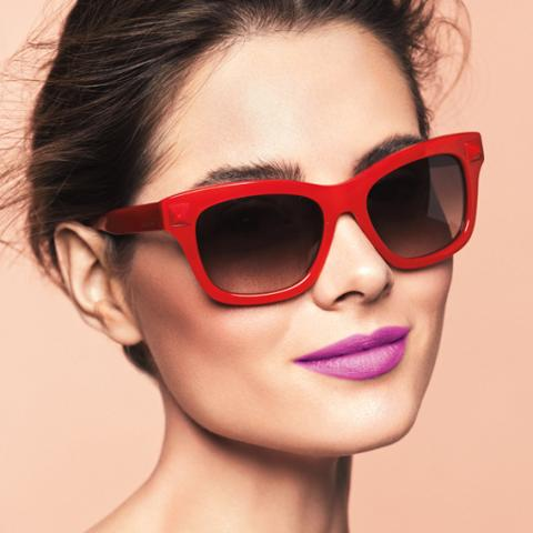 Sunglasses and lipstick pairings