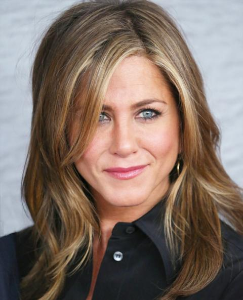 shoulder length hair styling salon inspiration aniston instyle 3105 | 071114 jennifer aniston hair 11 567 0