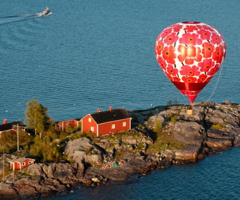 Marimekko Unikko print anniversary slideshow, Hot air balloon