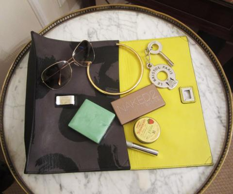 Travel Like An Editor - Leah Karp - Handbag Essentials