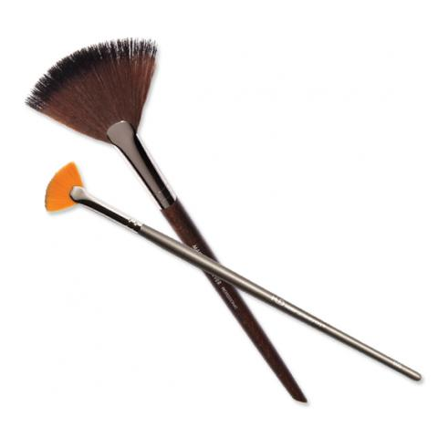 blend like a pro the makeup brushes you need right now
