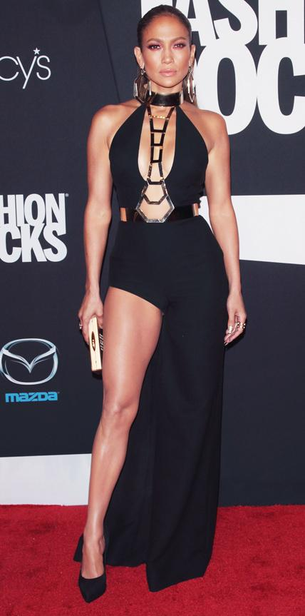 Jennifer Lopez, Nicki Minaj Accentuate the Booty at ...
