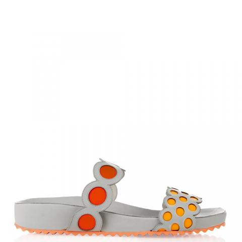 Sporty sandals embed 4