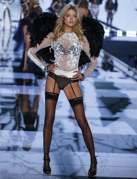 VS Angels embed 5