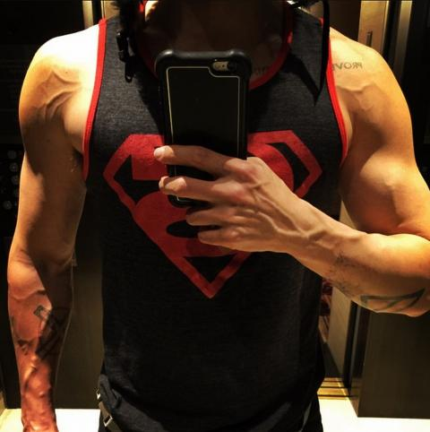 Jared Leto getting muscly