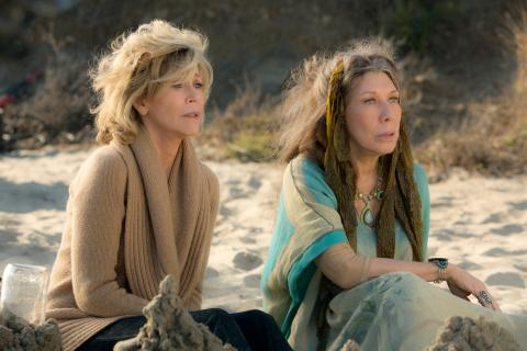Grace and Frankie - lily tomlin