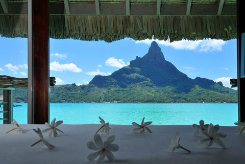 PureWow - Luxury Hotels embed 5
