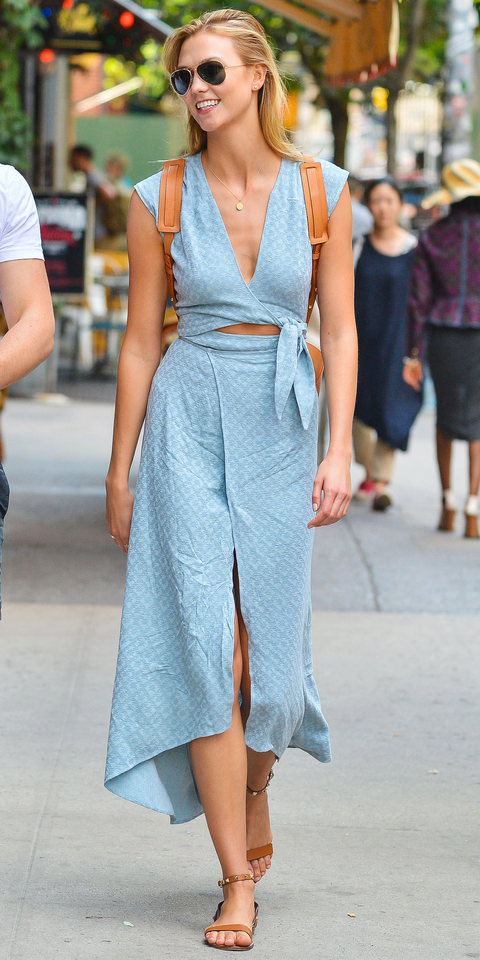 Karlie Kloss Is All Smiles In NYC